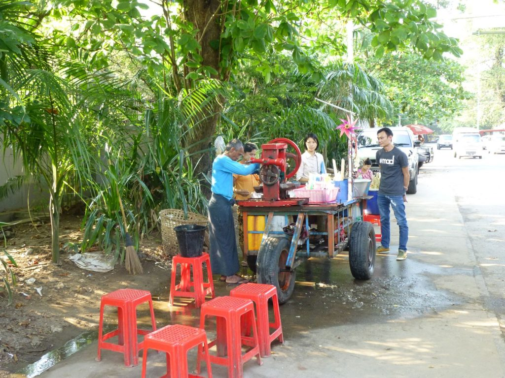 ヤンゴン屋台